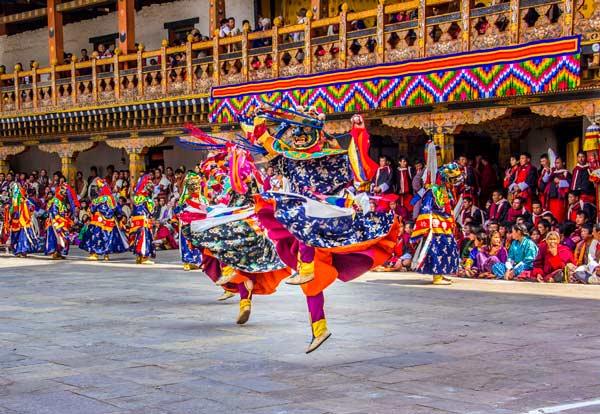 Bhoutan_danseurs_festival